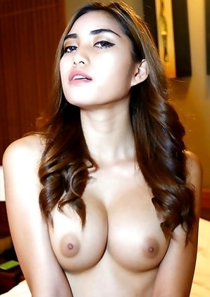 Thai shemale Wine beauty blows and gets ass fucked by white cock