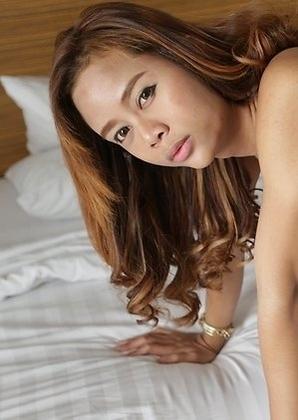 Sweet 23yo sexy Thai ladyboy Mond enjoys getting naughty with big white cock