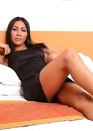 Ladyboy Rose with puckered anus cums from hard smooth cock