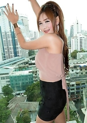 Ladyboy Vicky - Classy Miniskirt Creampie