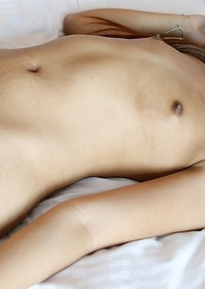 20yo Thai ladyboy Donut gets ass stretched by white dick
