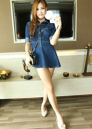 Vicky puts on a private show for you with a glass sex toy! She's dressed for fun casual day together in a denim girlfriend dress.
