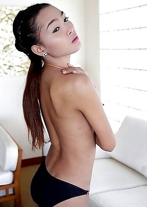 22 year old busty Thai shemale Samy fucks and sucks tourist cock