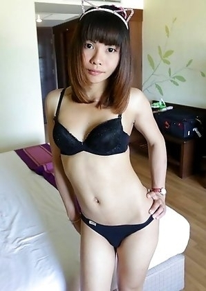 23 year old shy Thai ladyboy Bee gets naked and sucks tourist cock
